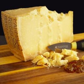 Scaglie di Parmigiano Reggiano Biologico stagionato oltre 18 mesi